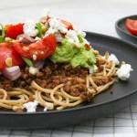 pasta-avocadosaus-vega-gehakt-geitenkaas