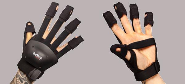 Haptic VR Gloves Add Major Platform Support