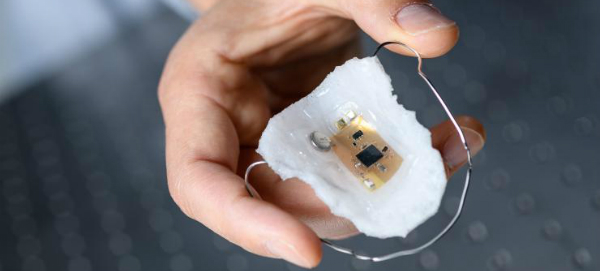 In-Mouth Wireless Sensor Detects Sodium