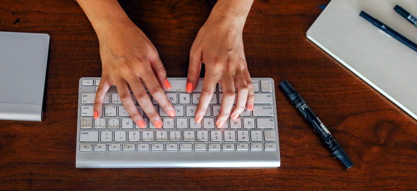 Typing Analysis Tracks Parkinson's Symptoms