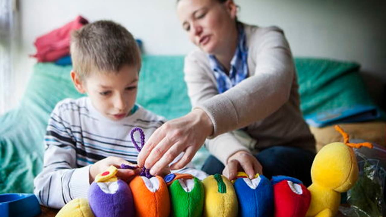 Asperger's Syndrome - Causes, Symptoms and Treatment