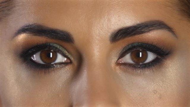 5 Ways To White Your Eyes Naturally