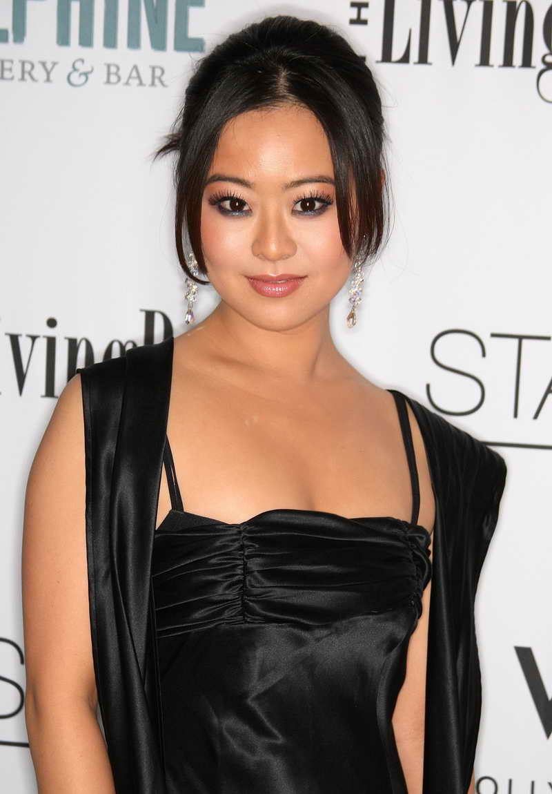 Julia Ling Height and Weight  Celebrity Weight
