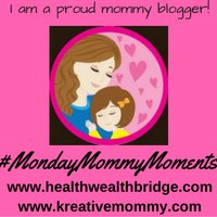 Monday Mommy Moments Badge