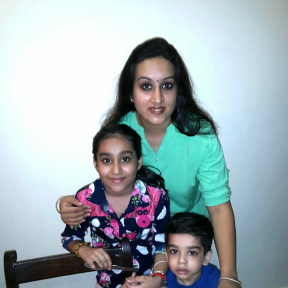 Geethica and her 2 angels are making our #MondayMommyMoments very special