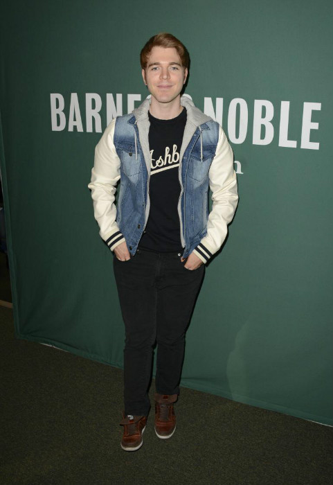 Shane Dawson 400 Pounds : shane, dawson, pounds, Shane, Dawson, Height,, Weight,, Boyfriend,, Family,, Facts,, Biography