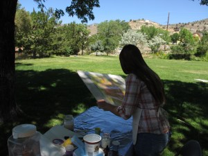 Silver City artist Karen Kreyeski offered free drawing and painting classes. Pictured here, students enjoyed a class in the park entitled,