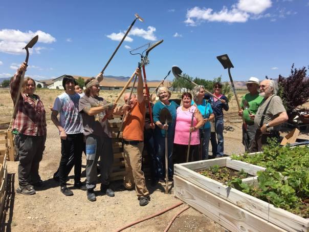 volunteers at ss garden