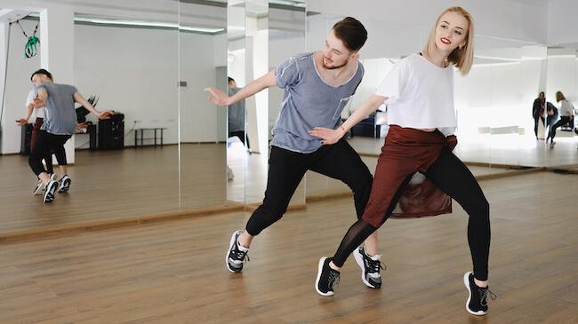 dancers-650×365-2