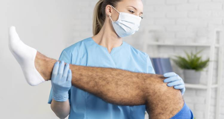 Leg Hair loss: Causes of hair loss on legs