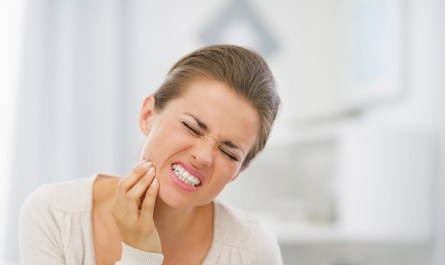 What causes toothache? (9 causes of toothache)