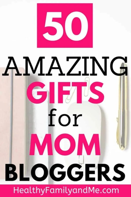 Gifts for bloggers they will love. Check out these amazing blogging gifts for mom bloggers. #blogging #momblog #blogginggift #momblogger
