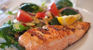 Learn How To Cook Salmon Like A Pro Chef in Summertime! 2