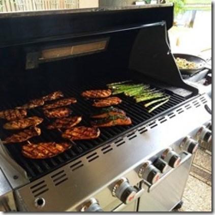 Grilling_chicken