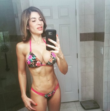 fitness; abs, girl
