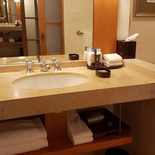 TAJ CAMPTON PLACE HOTEL ROOM BATHROOM SAN FRANCISCO