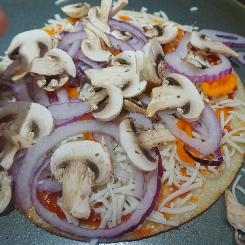 cauliflower recipe, keto pizza