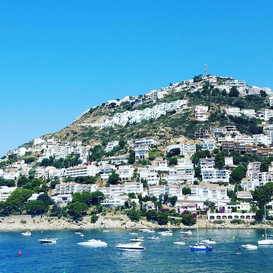 Vista bella hotel, roses spain, europe vacation, travel blogger