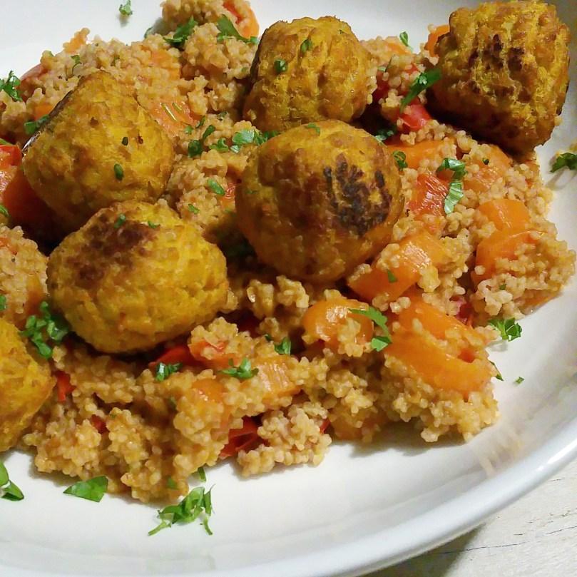 Wortel paprika curry met couscous en pompoen & wortel balletjes 1