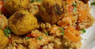 Wortel paprika curry met couscous en pompoen & wortel balletjes 1