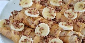 Glutenvrije eiwitrijke pannenkoeken met pindamousse