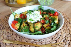 snelle roerbak salade met hüttenkäse