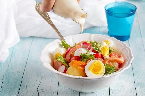 Salad Dressing Ingredients To Be Aware Of