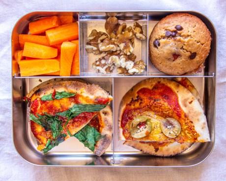 mini pizzas as vegan lunchbox ideas