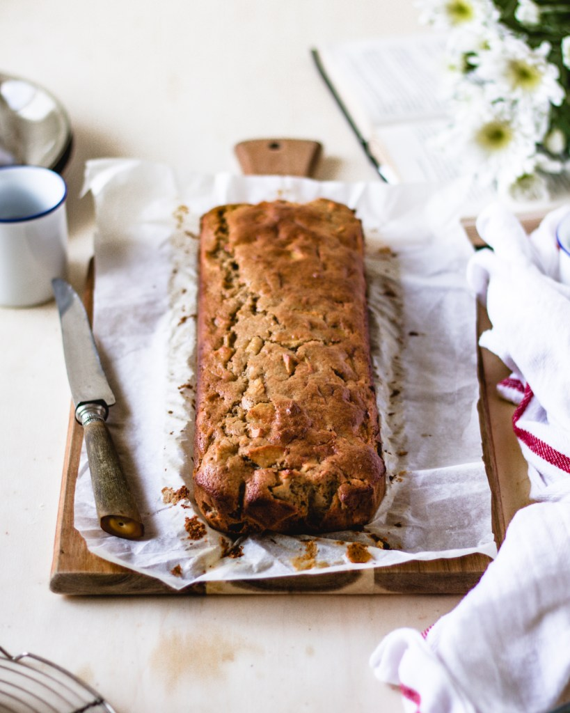 gluten-free Cinnamon Apple bread | Healthy Goodies by Lucia