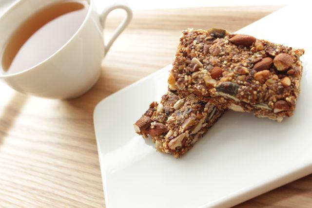 granola bars - energizing, healthy, delicious! - www.healthyhappysteffi.com