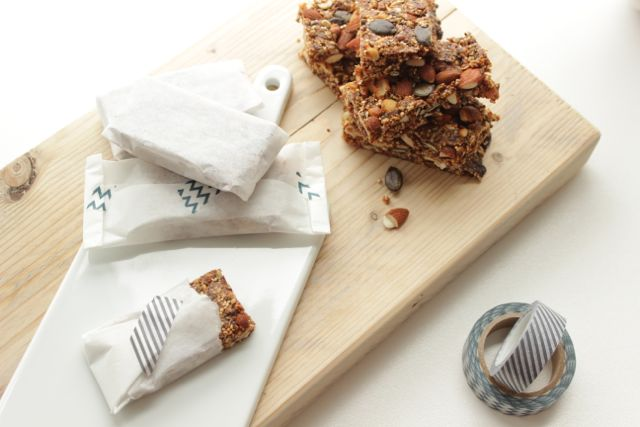 granola bars - energizing, healthy, glutenfree, delicious! - www.healthyhappysteffi.com