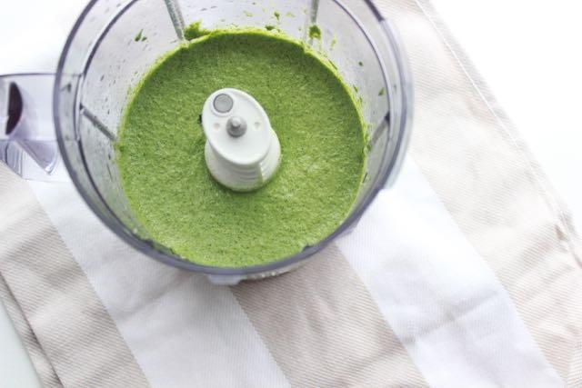 Veganes Feldsalat-Pesto - www.healthyhappysteffi.com