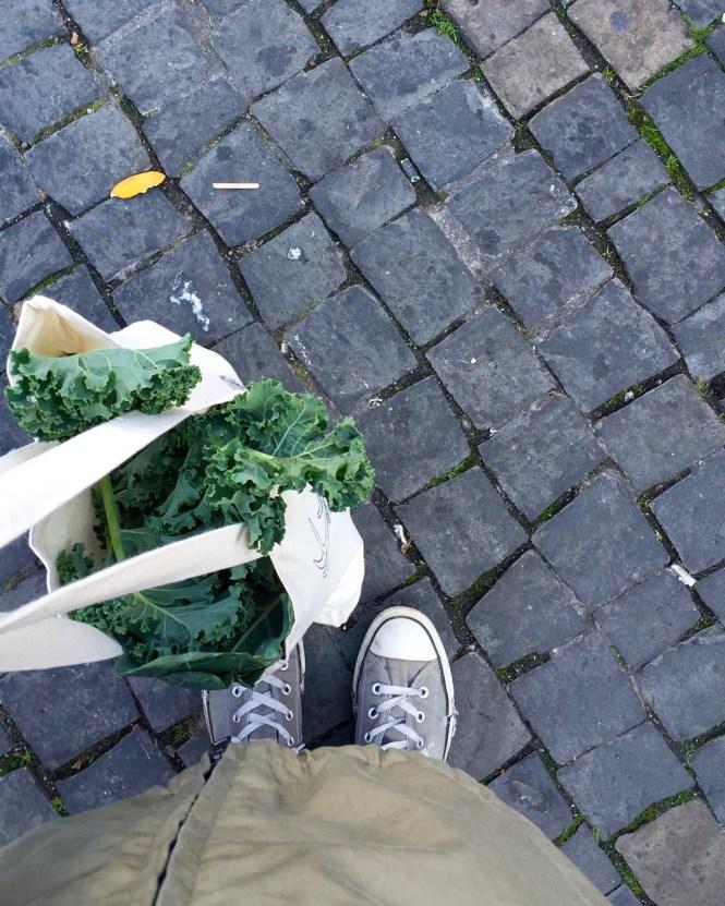 Einkaufen auf dem Wochenmarkt