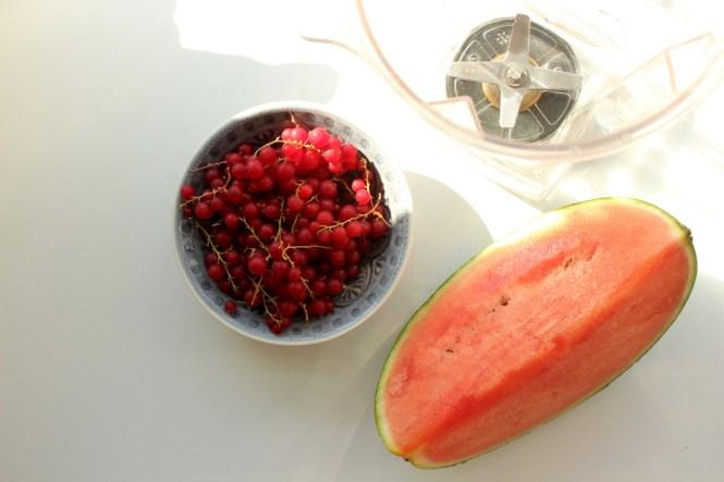 Melonen-Smoothie mit Beeren