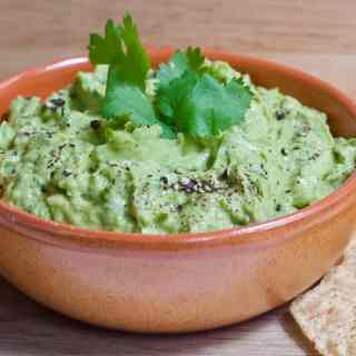 Mom's Homemade Guac with Hidden Veggies | Healthy Helper Healthy, homemade guacamole with added vegetables for more fiber and less fat! Vegan, gluten-free, and full of flavor, this guacamolewill be your new go-to savory snack when a craving strikes.
