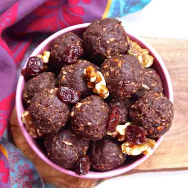Chocolate Cherry Mocha Brownie Bites | Healthy Helper @Healthy_Helper