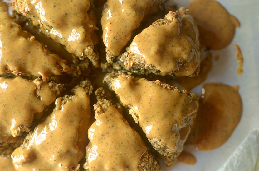 Peanut Butter Banana Chai Oatmeal Scones | Healthy Helper @Healthy_Helper
