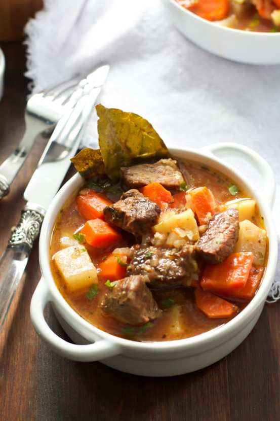 Healthier Slow Cooker Beef Stew | Healthy Helper @Healthy_Helper