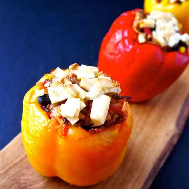 5 Ingredient Vegan Stuffed Peppers | Healthy Helper @Healthy_Helper