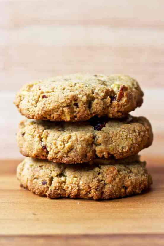 Pistachio Cranberry Almond Flour Cookies | Healthy Helper @Healthy_Helper