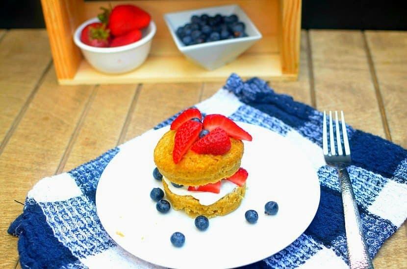 Strawberry Shortcake Mug Cake | Healthy Helper @Healthy_Helper