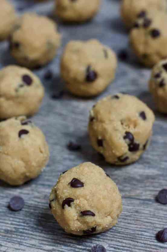 4 Ingredient Chocolate Chip Cookie Dough Bites   Healthy Helper Simple bites with all the flavor and texture you love about raw cookie dough without any added sugar or animal products. Vegan, gluten-free, and grain-free, these bites will be your new favorite way to squash any cookie dough cravings.