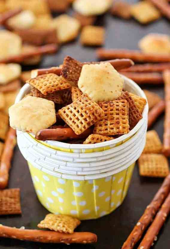 17 Clean Eating Snacks for Game Day   Healthy versions of your favorite foods to snack on while cheering your team to victory!Just as tasty, but a whole lot better for you and your family.