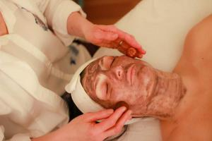 gemstone facial in portsmouth maine