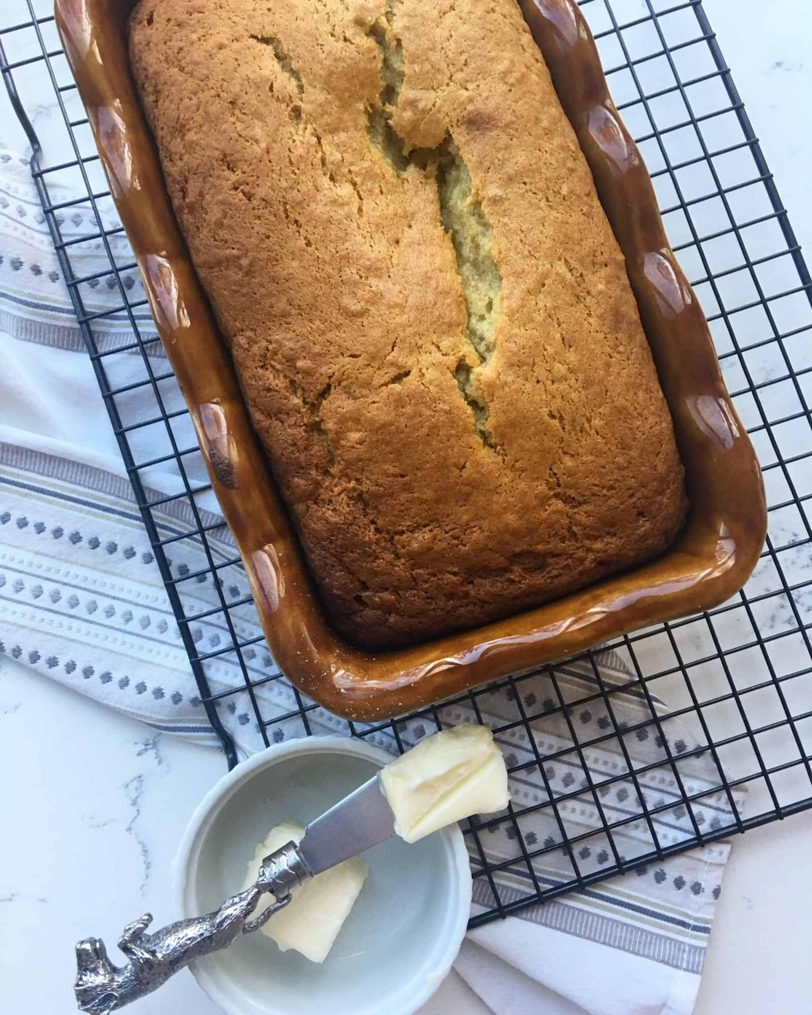 Linda's Old Fashioned Banana Bread