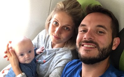 Premier vol & Première vacances en avion pour Bébé