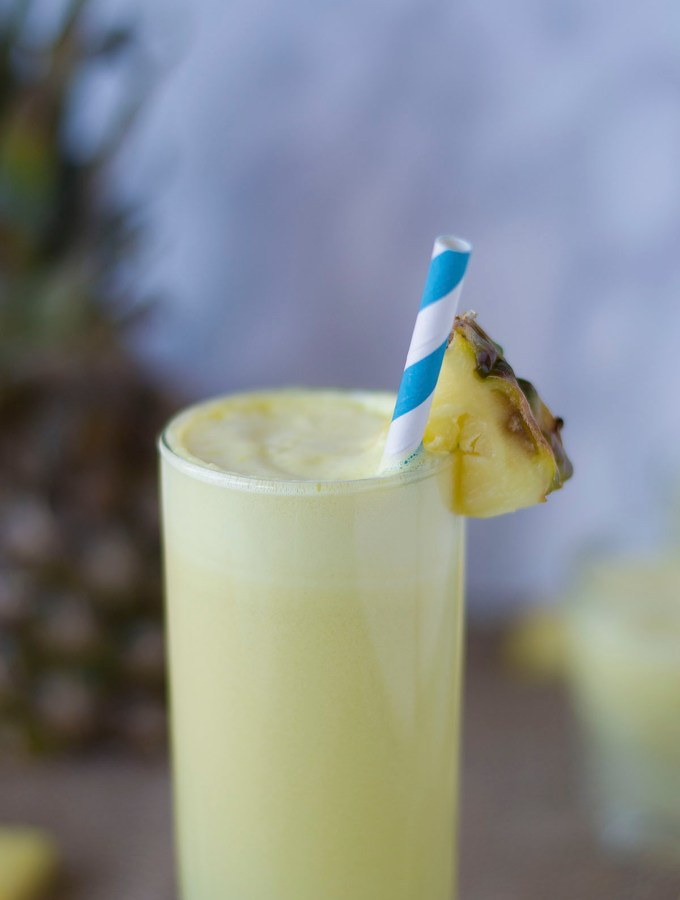 [:it]PIÑA COLADA | SENZA ALCOL | RICETTA SEMPLICE | DISSETANTE[:en]PIÑA COLADA | VIRGIN | EASY RECIPE | REFRESHING[:]