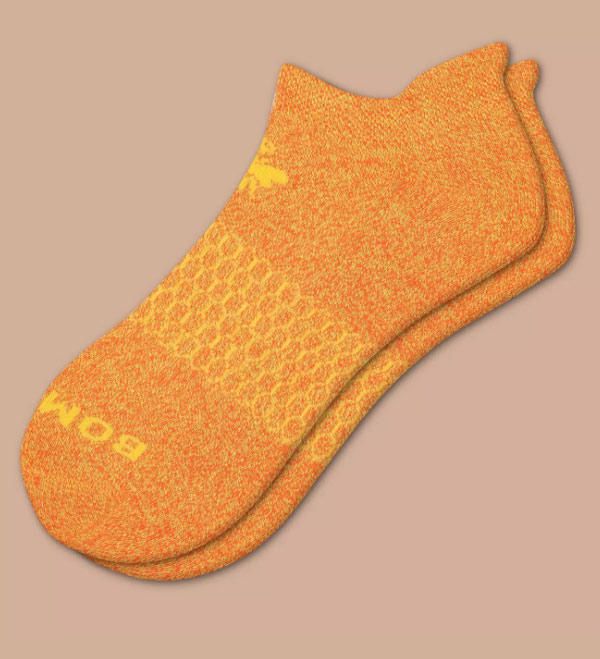Lizzy Christmas Wish List - bombas socks