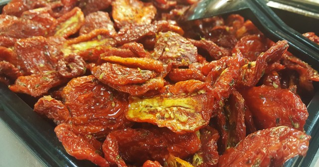 Sun dried tomatoes - an excellent source of zinc