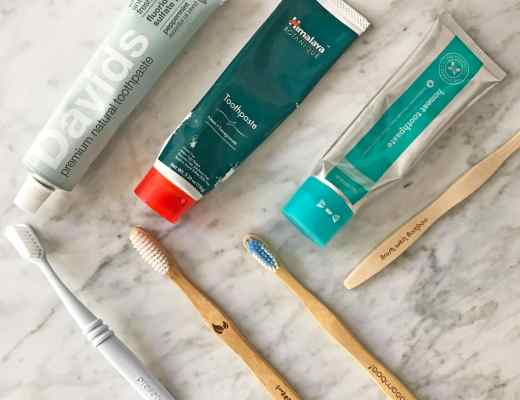Reviews and pictures of the best natural toothpaste and sustainable toothbrush reviews: My favorites on David's premium natural toothpaste, Himalaya neem toothpaste and preserve toothbrushes.